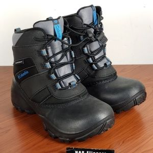 Columbia Rope Tow Youth Snow Boots size 1